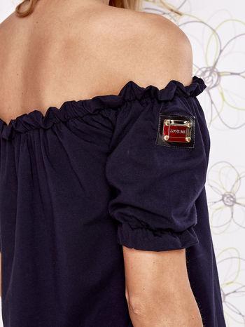 Granatowa bluzka z hiszpańskim dekoltem                                   zdj.                                  5