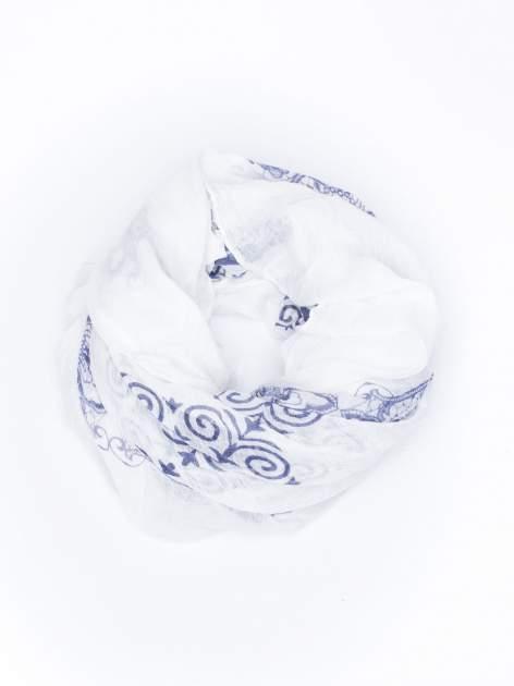Granatowa chusta w orientalny wzór i kwiaty                                  zdj.                                  2
