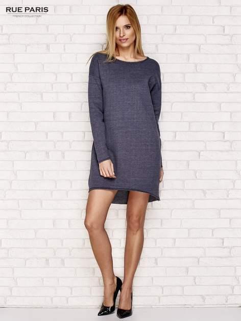 Granatowa dresowa sukienka z luźnymi rękawami                                  zdj.                                  2