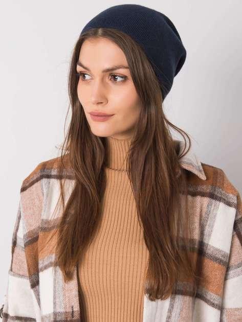 Granatowa gładka czapka damska