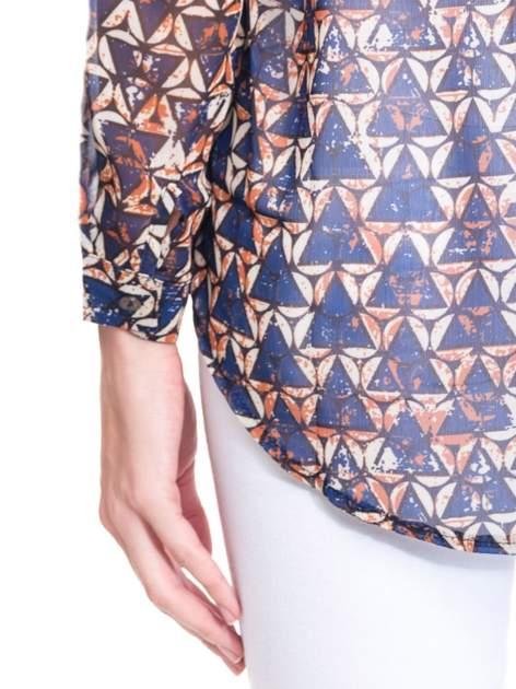 Granatowa koszula mgiełka w geometryczne wzory                                  zdj.                                  9