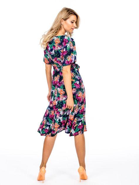 Granatowa kwiatowa sukienka z paskiem                              zdj.                              2