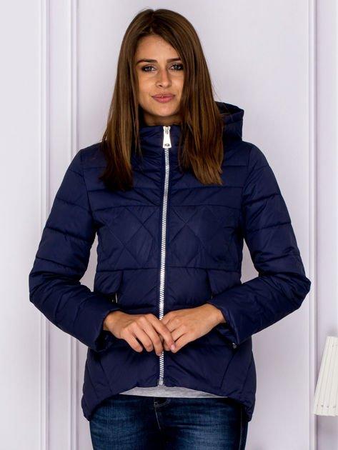 Granatowa pikowana kurtka z kapturem                              zdj.                              1