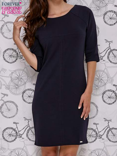 Granatowa sukienka dresowa z suwakiem z tyłu
