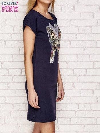 Granatowa sukienka z cekinowym motylem                                  zdj.                                  3