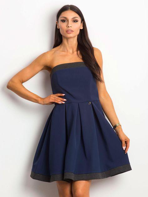 Granatowa sukienka z kontrastową lamówką