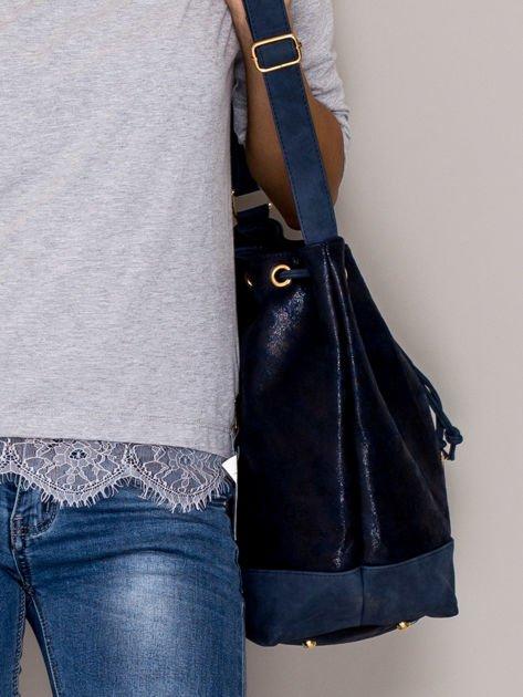 Granatowa torba ze ściągaczem                                  zdj.                                  2