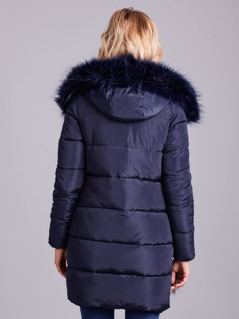 Granatowa zimowa kurtka damska z futerkiem                              zdj.                              3