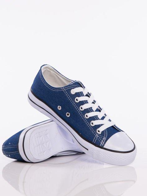 Granatowe denim jeansowe trampki na białej podeszwie                              zdj.                              4