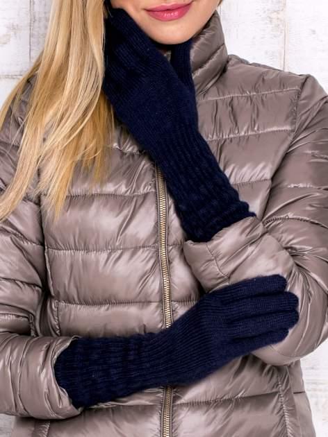 Granatowe długie rękawiczki z drapowanym rękawem                                  zdj.                                  1