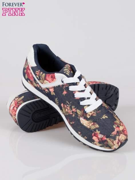 Granatowe kwiatowe miejskie buty sportowe Blushy                                  zdj.                                  4