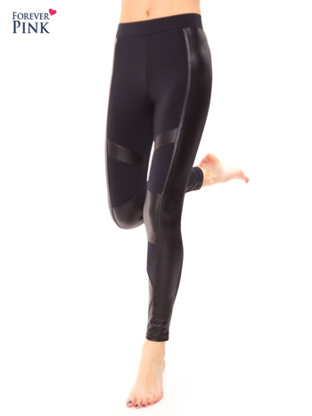 Granatowe legginsy ze skórzanymi przeszyciami                                  zdj.                                  2