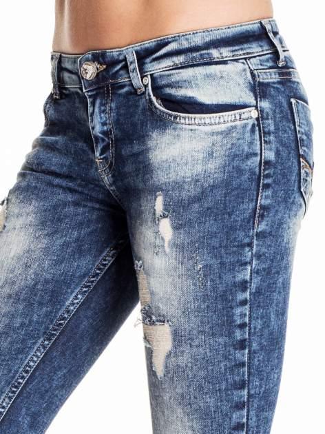 Granatowe lekko marmurowe spodnie ripped jeans                                  zdj.                                  5
