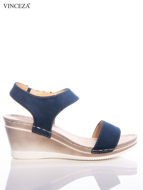 Granatowe sandały Vinceza z profilowaną skórzaną podeszwą, na koturnach                              zdj.                              1