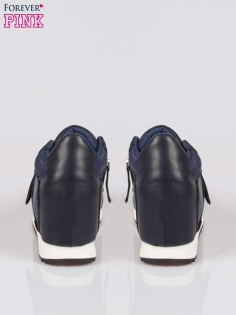 Granatowe sneakersy damskie z suwakiem                                  zdj.                                  3