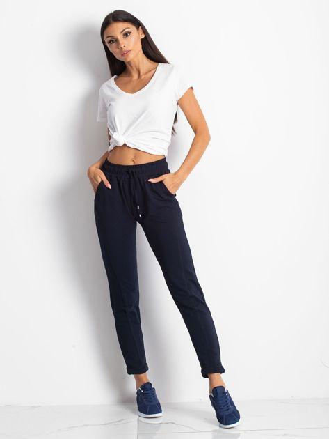 Granatowe spodnie Approachable                              zdj.                              4