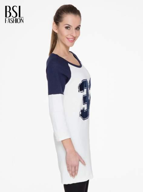 Granatowo-biała długa bluza baseballowa z numerkiem                                  zdj.                                  3