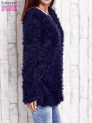 Granatowy futrzany sweter kurtka na suwak                                  zdj.                                  3