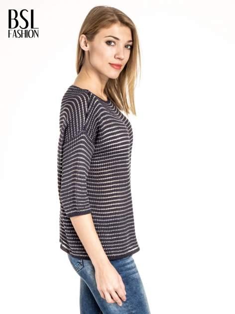 Granatowy półtransparentny sweter w prążki                                  zdj.                                  3