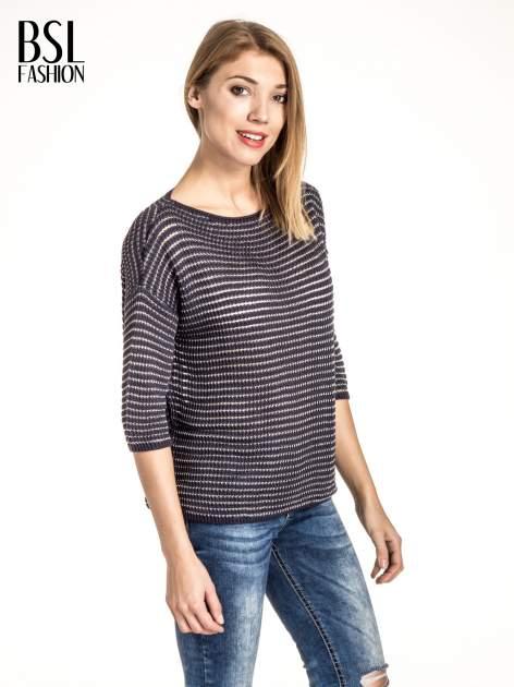 Granatowy półtransparentny sweter w prążki                                  zdj.                                  1