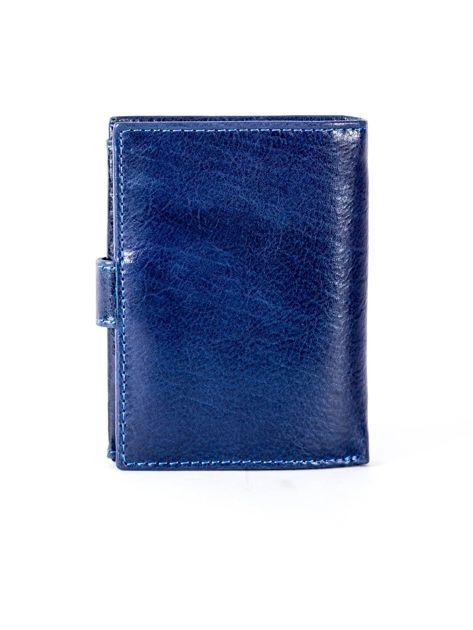 Granatowy portfel ze skóry naturalnej z klapką                              zdj.                              2