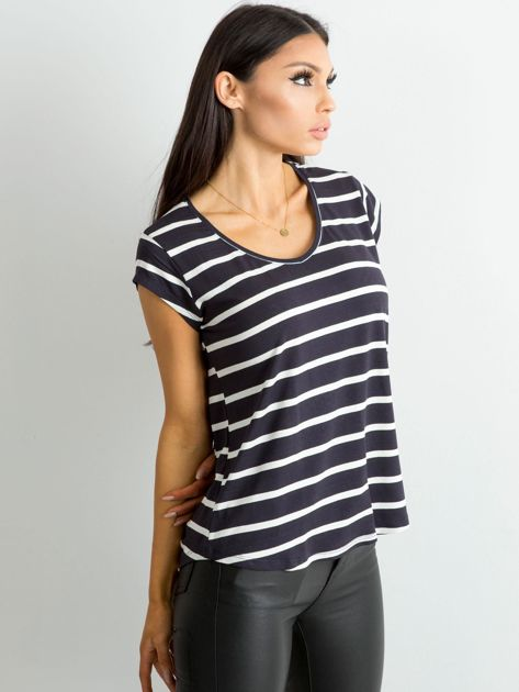 Granatowy t-shirt damski w paski                              zdj.                              3