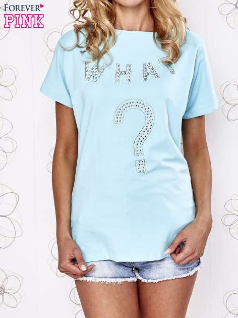 Granatowy t-shirt z aplikacją z dżetów WHAT?                                  zdj.                                  1