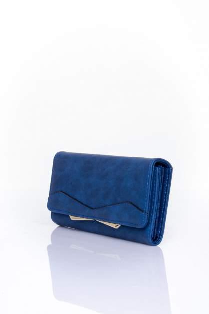 Granatowy zamszowy portfel z geometrycznym motywem                                  zdj.                                  3