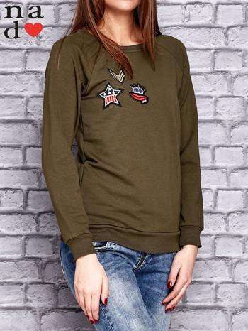Jasna khaki bluza z naszywkami                                  zdj.                                  3
