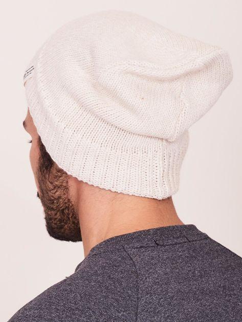 Jasnobeżowa czapka zimowa męska                              zdj.                              3