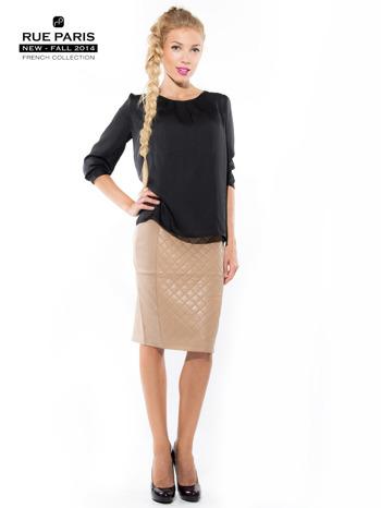 Jasnobeżowa spódnica z pikowaną wstawką                                  zdj.                                  4