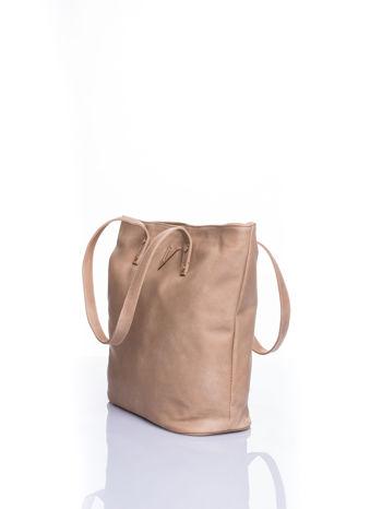 Jasnobeżowa torba ze złotym detalem                                  zdj.                                  4