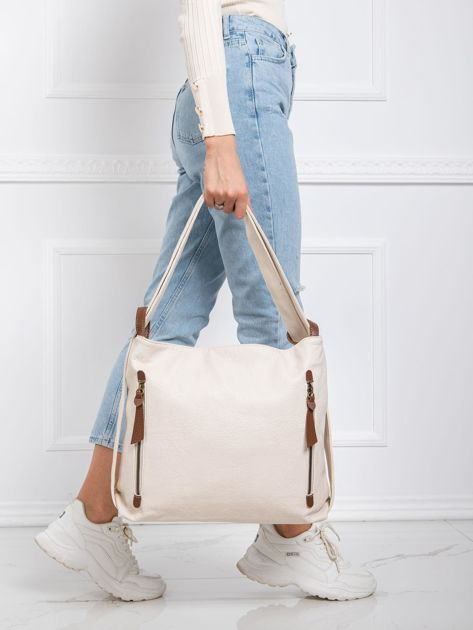 Jasnobeżowa torebka z paskiem
