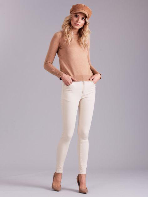 Jasnobeżowe spodnie jeansowe                              zdj.                              4