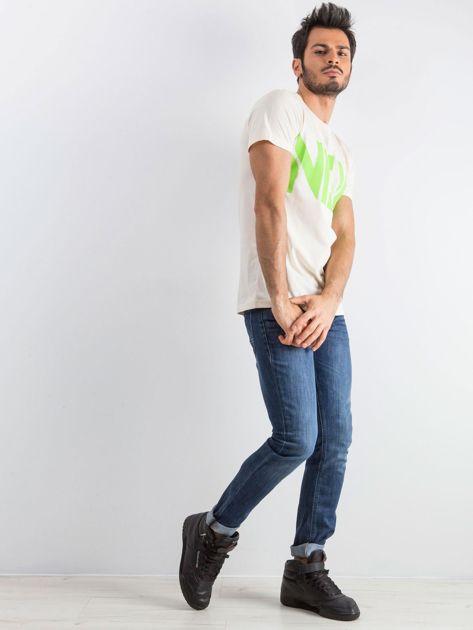 Jasnobeżowy męski t-shirt Public                              zdj.                              5