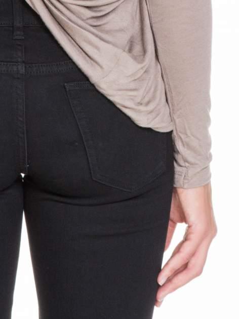Jasnobrązowa bluzka z węzłowym dekoltem na plecach                              zdj.                              9