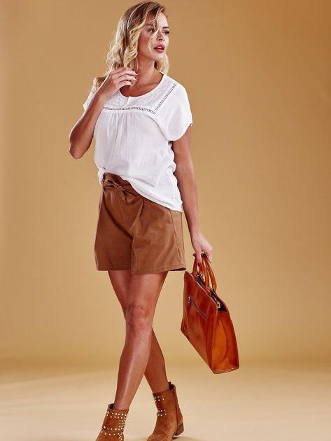 Jasnobrązowa torba damska ze skóry w miejskim stylu                              zdj.                              3