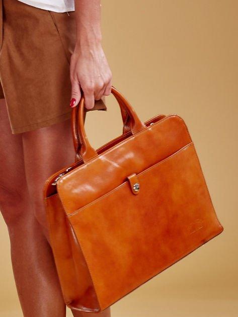 Jasnobrązowa torba damska ze skóry w miejskim stylu                              zdj.                              4