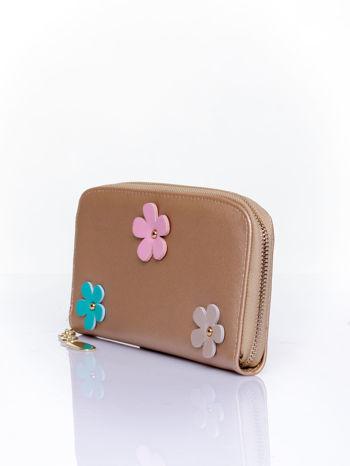 Jasnobrązowy zasuwany portfel w kwiatki                                  zdj.                                  3