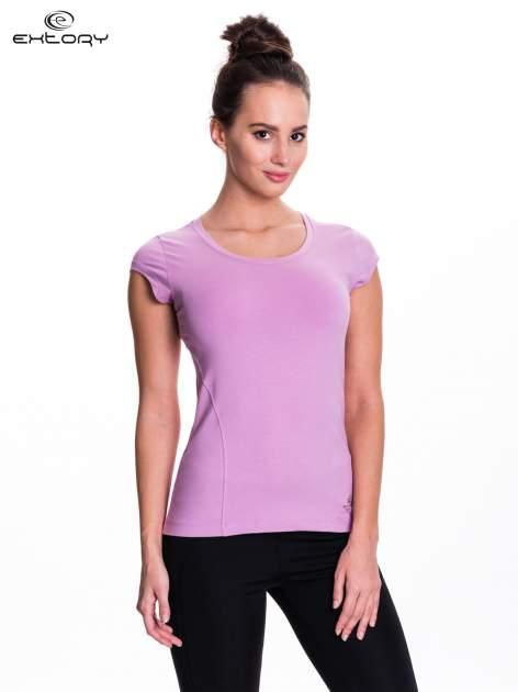 Jasnofioletowy damski t-shirt sportowy basic                                  zdj.                                  1