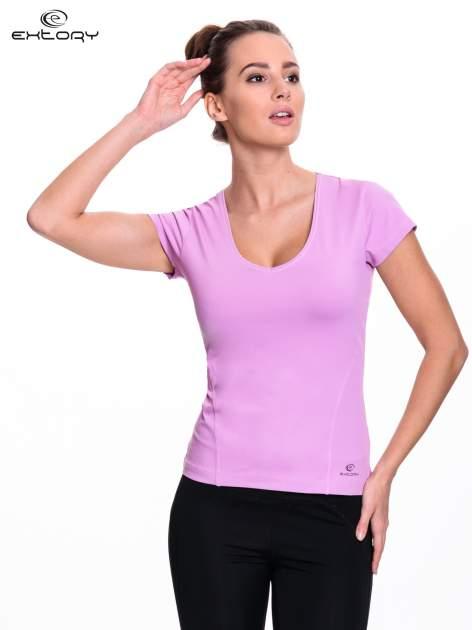 Jasnofioletowy damski t-shirt sportowy z dekoltem U                                  zdj.                                  1