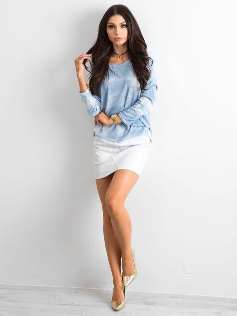 Jasnoniebieska bluzka damska z długim rękawem                              zdj.                              4