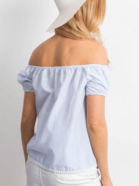 Jasnoniebieska bluzka hiszpanka w paski                              zdj.                              2