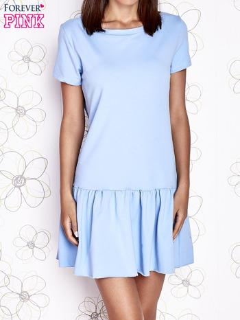 Jasnoniebieska dresowa sukienka z wycięciem na plecach                                   zdj.                                  1