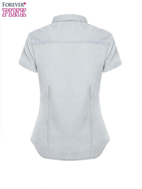 Jasnoniebieska jeansowa koszula na krótki rękaw z koronką                                  zdj.                                  5