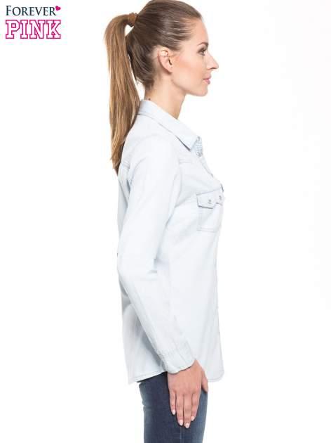 Jasnoniebieska klasyczna koszula jeansowa z długim rękawem                                  zdj.                                  2