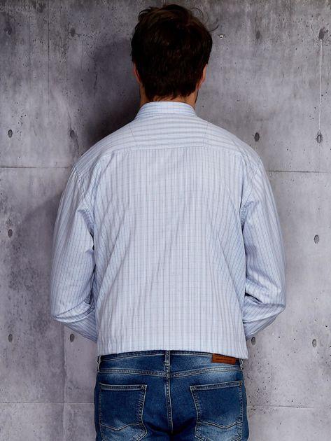 Jasnoniebieska koszula męska w delikatny wzór PLUS SIZE                              zdj.                              2