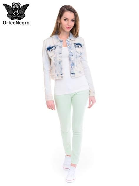 Jasnoniebieska marmurkowa kurtka jeansowa damska                                  zdj.                                  2