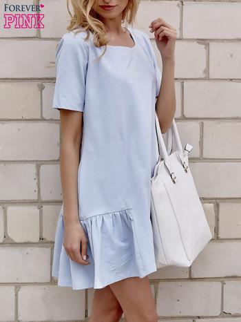 Jasnoniebieska sukienka dresowa z falbanami z boku                                  zdj.                                  2