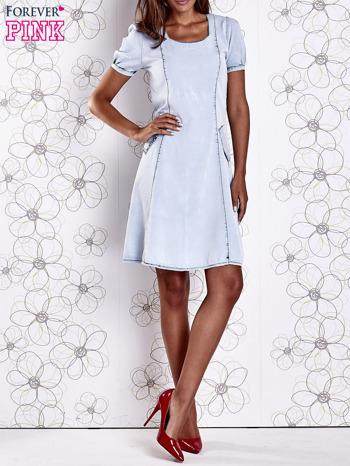 Jasnoniebieska sukienka z wycięciami na plecach                                  zdj.                                  9